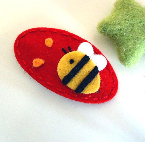 Wool felt hair clip -Bumble bee -red