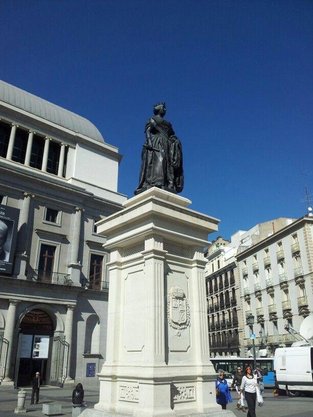 Isabel II. Plaza de Isabel II