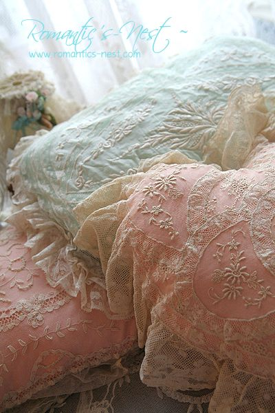 Beautiful Pastel & Lace Pillows~❥