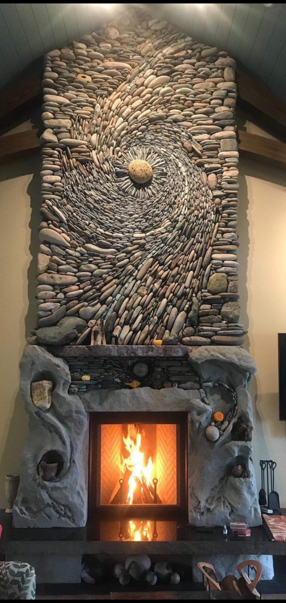 This Fire Place In 2020 Rock Fireplaces Fireplace River Rock