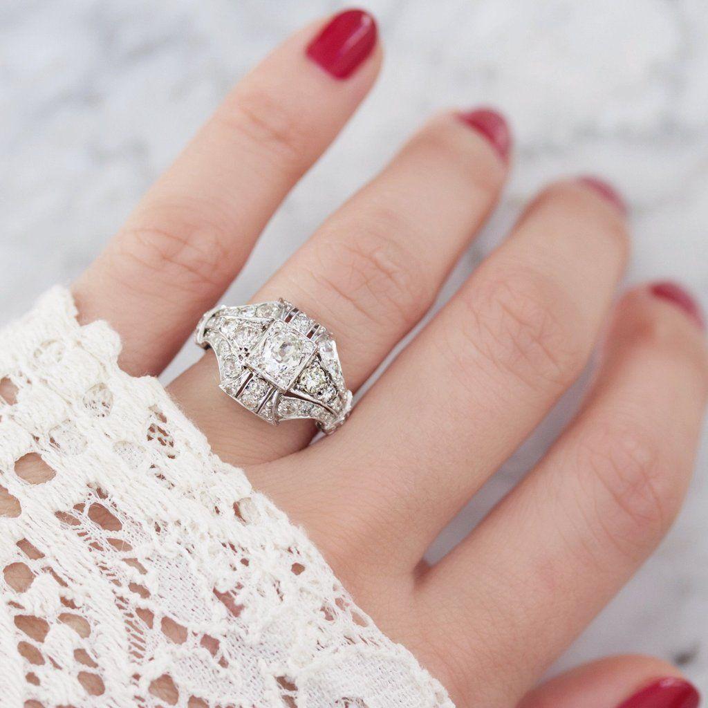 This beautiful diamond engagement ring circa 1910 centers a box-set ...