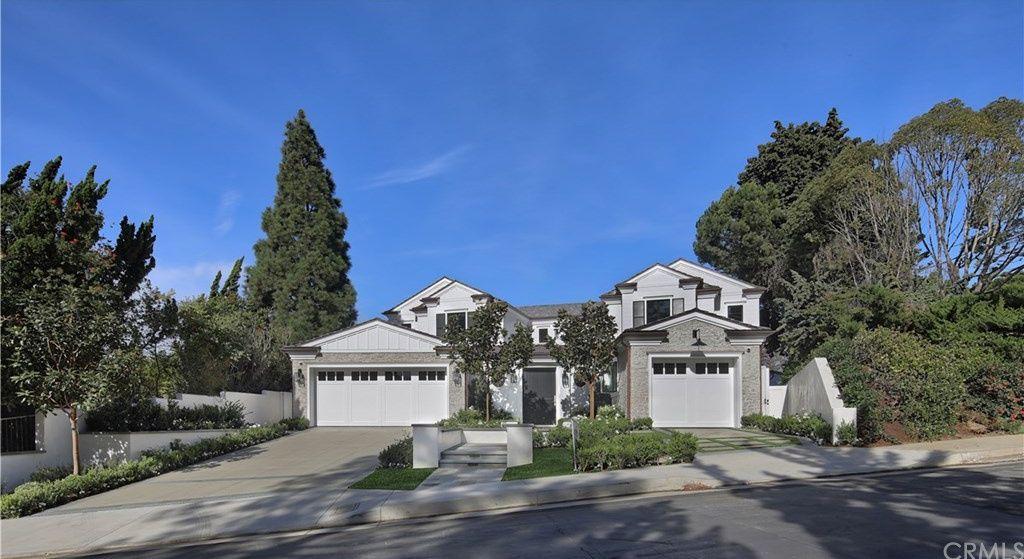 10 Burning Tree Rd Newport Beach Ca 92660 Mls Np18272696 Zillow Indoor Outdoor Living Newport Beach Outdoor Balcony