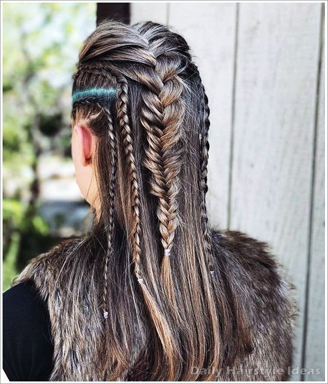 17 Cool Traditional Viking Hairstyles Women In 2020 Viking Hair Hair Styles Lagertha Hair
