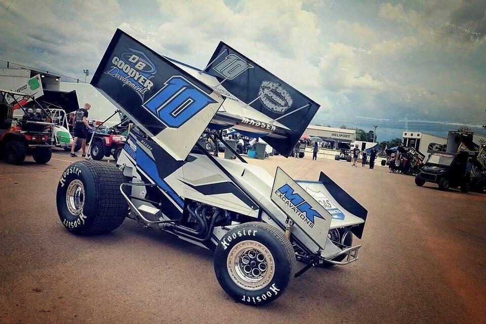 Swagger stance Monster trucks, Dirt track, Race cars