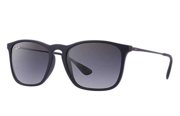 Look Who S Looking At This New Ray Ban Chris In 2020 Ray Bans Unisex Sunglasses Ray Ban Sunglasses