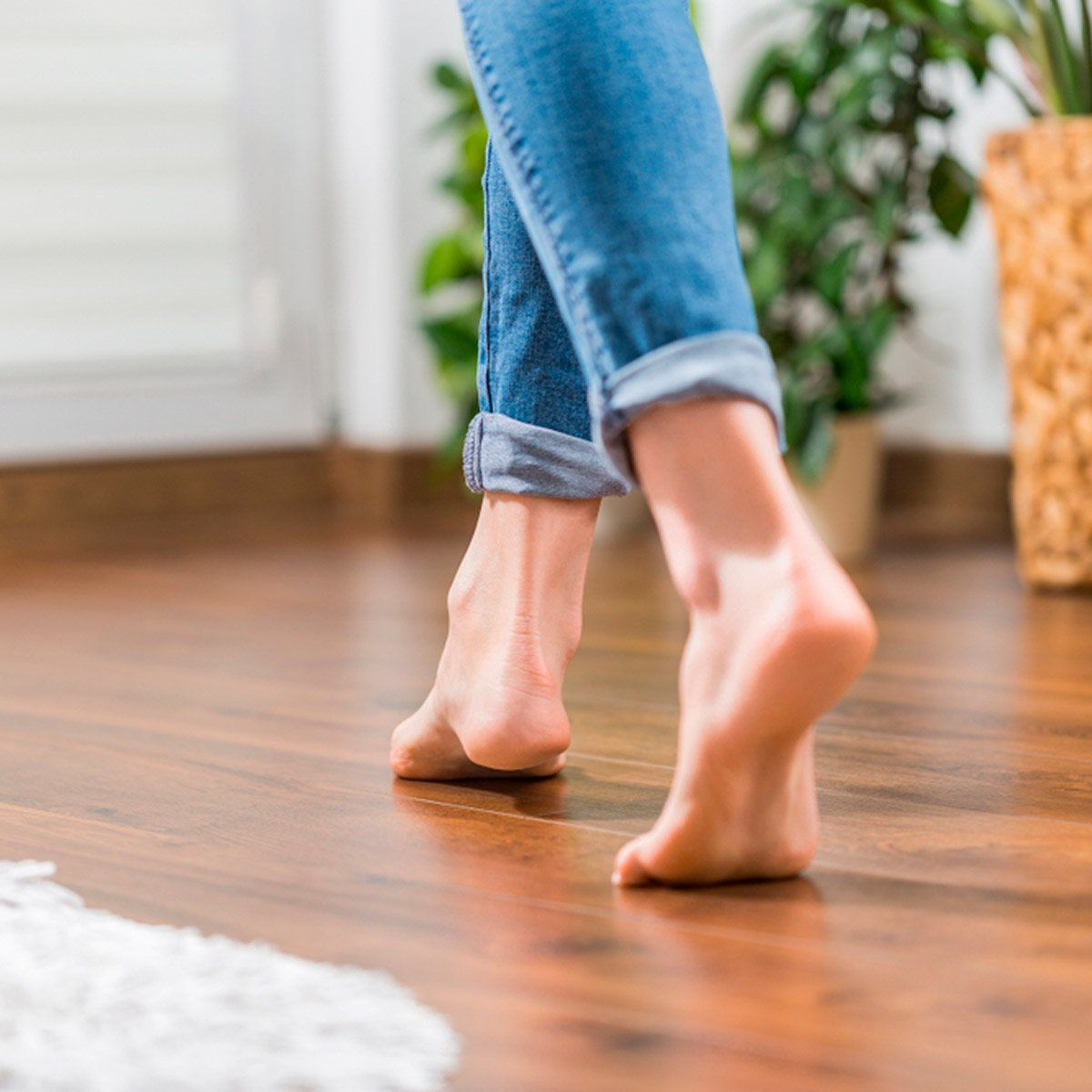 The Pros And Cons Of Heated Flooring Vinyl Plank