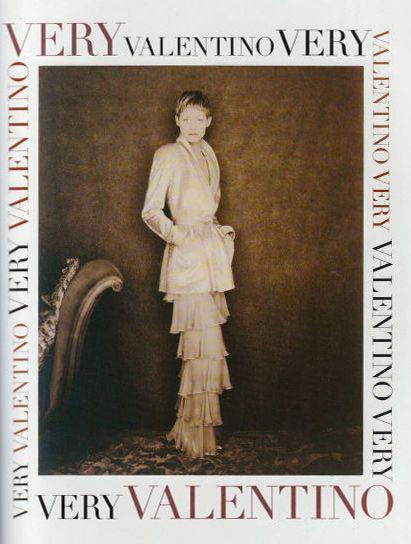 Valentino ad Amber Valletta 1993