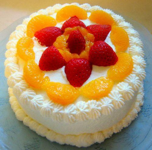 Chinese Birthday Cake Gai Don Go layers of light baked sponge
