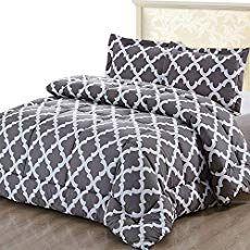 Inexpensive Wood Floor That Looks Like A Million Dollars Do It Yourself In 2020 Cool Comforters Queen Size Comforter Grey Comforter Sets