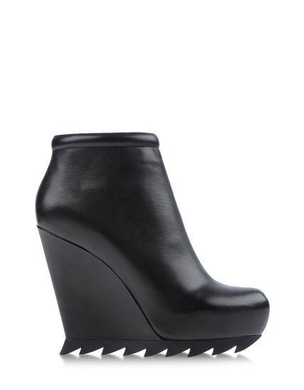 DESIGNER: CAMILLA SKOVGAARD DETAILS HERE:CAMILLA SKOVGAARD Ankle boots