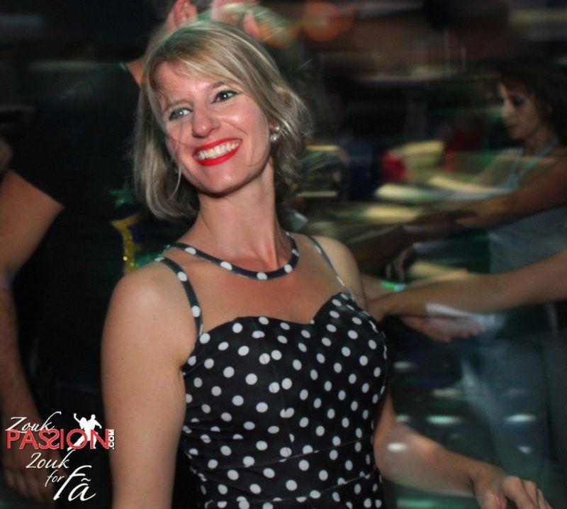 Já estão no ar as fotos da noite Zouk de domingo, 01/11/2.015 no Memphis Bar.  Se quiser ir direto, acesse: http://www.zoukpassion.com/zoukforfa/Fotos/zouk-for-fa-memphis-01-11-2015/index.html  Noites de domingo no Memphis bombando com o melhor Zouk de São Paulo, com muitas comemorações de aniversário e muita gente bonita.