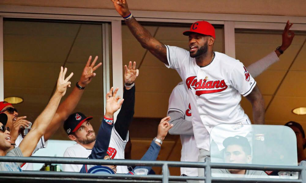LeBron congratulates Indians following 21st straight win = Wednesday afternoon the Cleveland Indians moved one step closer to making major league history, extending its win streak to 21 consecutive games with a 5-3 win over the Detroit Tigers. The win set a new American League record, surpassing.....