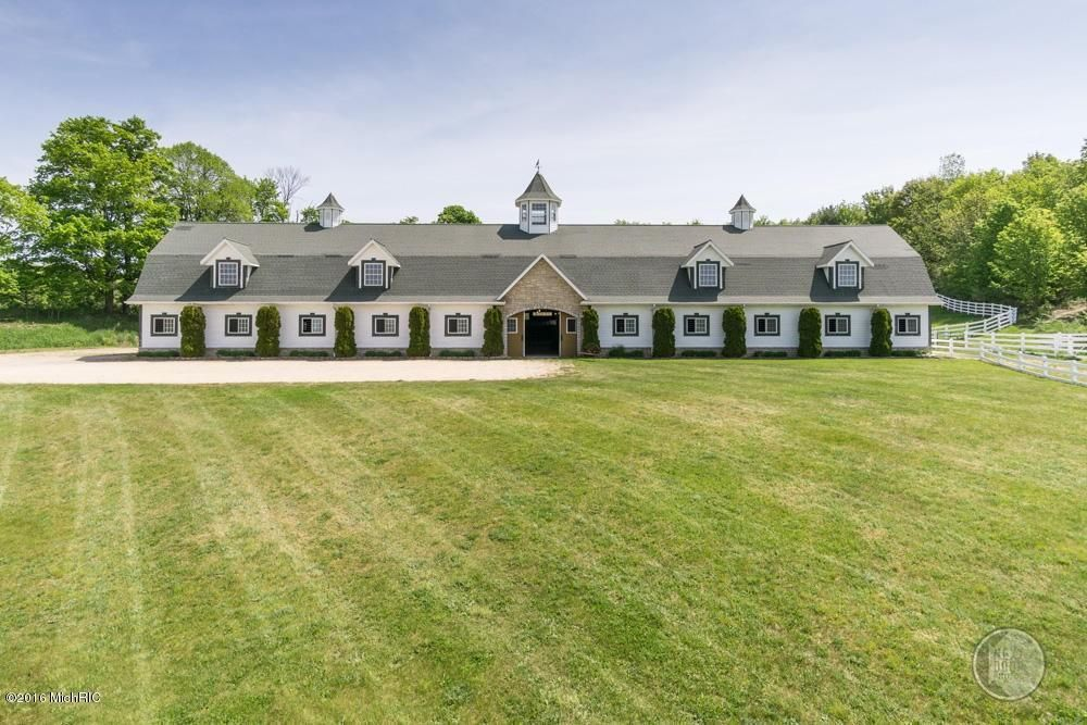 12375 Burtker Rd, Bear Lake, MI 49614 | Horse farms for ...