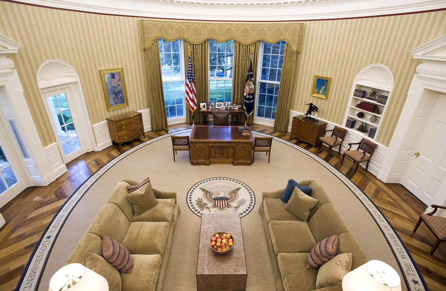 photos of barack obama oval office white house interior design