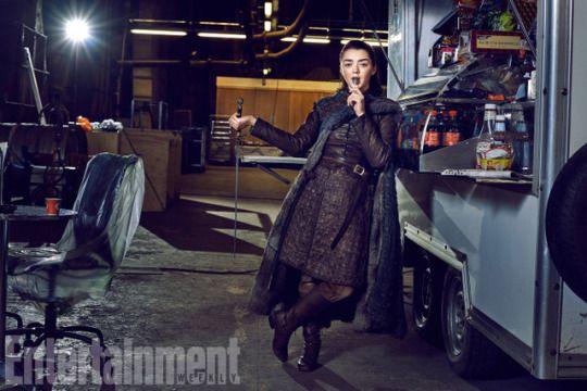 Entertainment Weekly gives fans a long-awaited Stark family reunion | June 2017 - Arya Stark