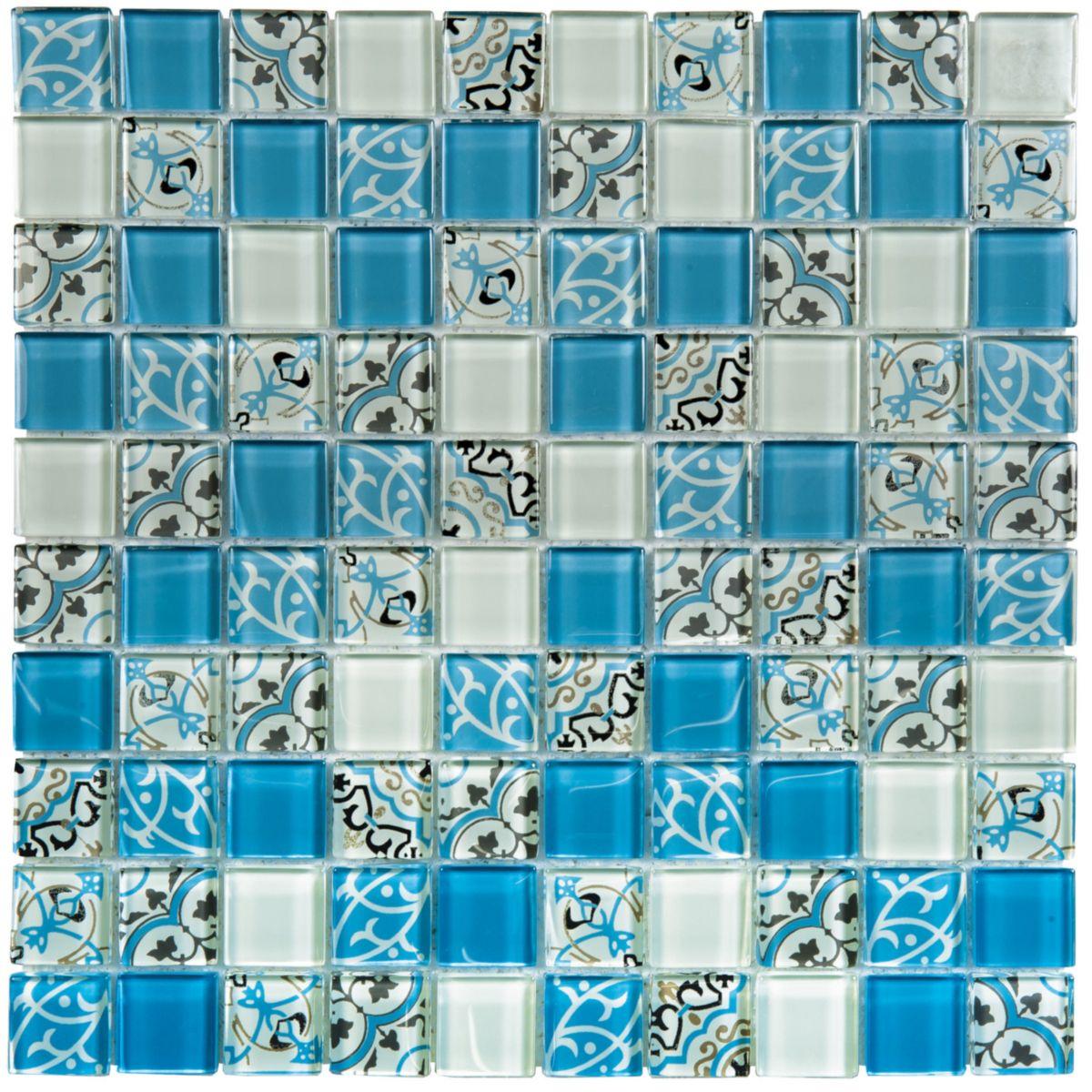 la mosaque pour mur intrieur de bati orient est constitue de pierre et de verre