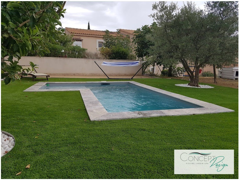 micro piscine gazon synth tique margelle travertin cendr piscine en 2019 design outdoor. Black Bedroom Furniture Sets. Home Design Ideas