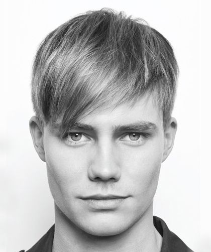 Peinados De Hombre Con Pelo Liso Y Flequillo A Un Lado Hair In - Peinados-hombre-pelo-liso
