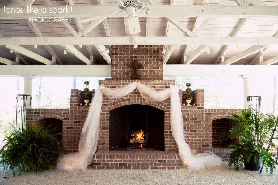 Gorgeous Venue Fireplace Wedding Decor Ideas Cross D