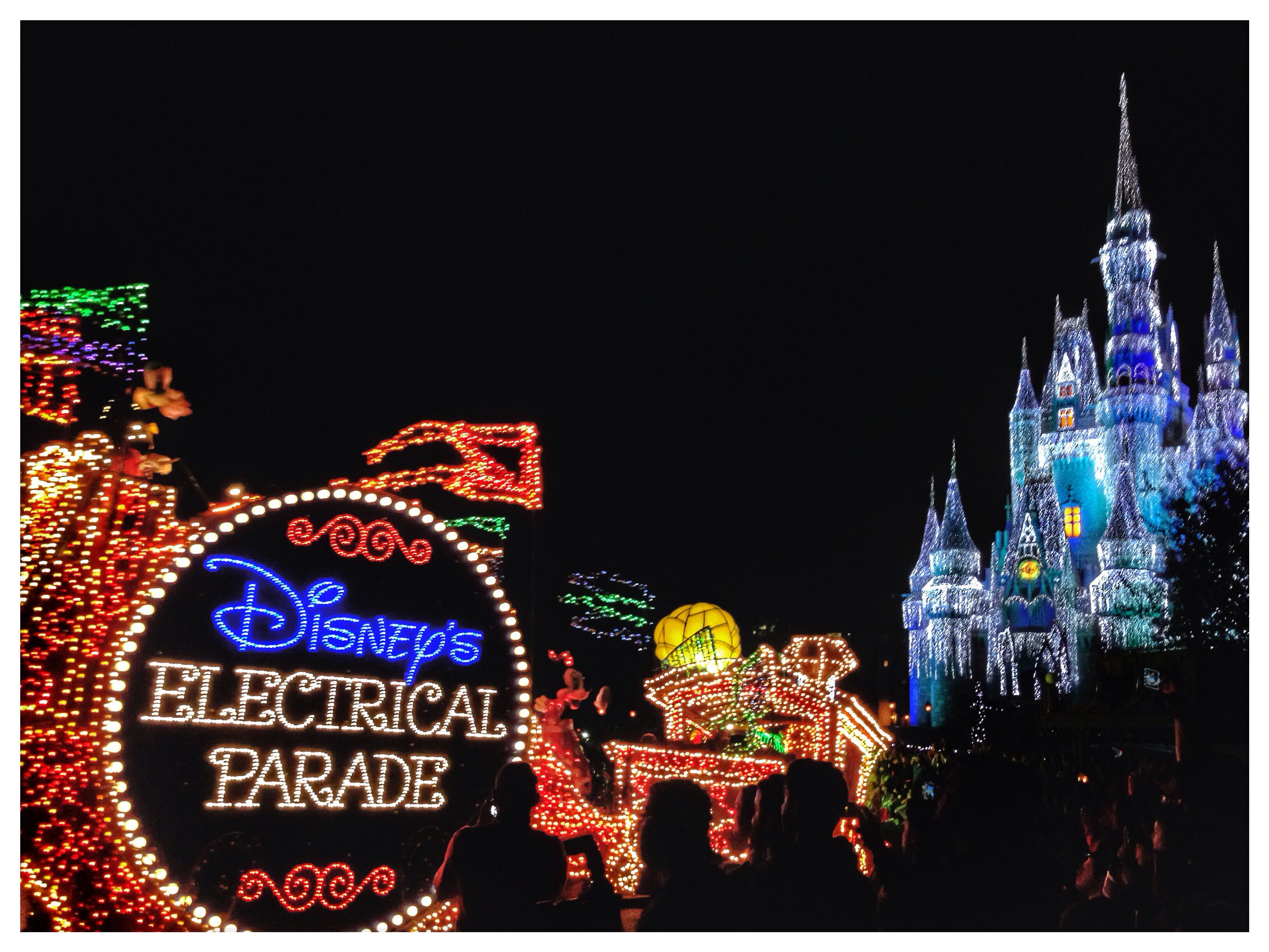 marvelous @Disney's electrical parade w/in #WinterDream
