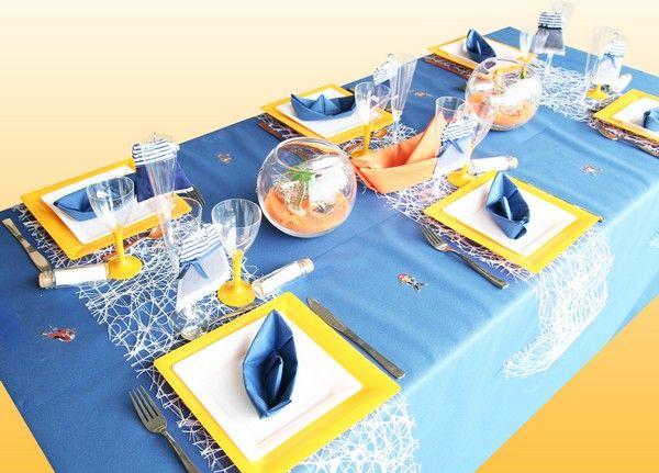 Table communion gar on d coration de table bapt me anniversaire sp cial pirates le blog - Decoration bapteme theme pirate ...