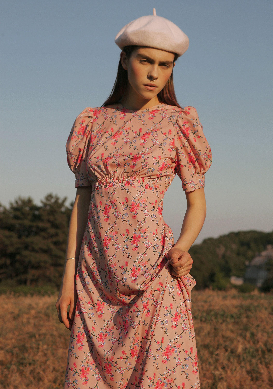 Vintage Midi Dress Vintage Midi Dresses Floral Print Midi Dress Fashion [ 3000 x 2107 Pixel ]