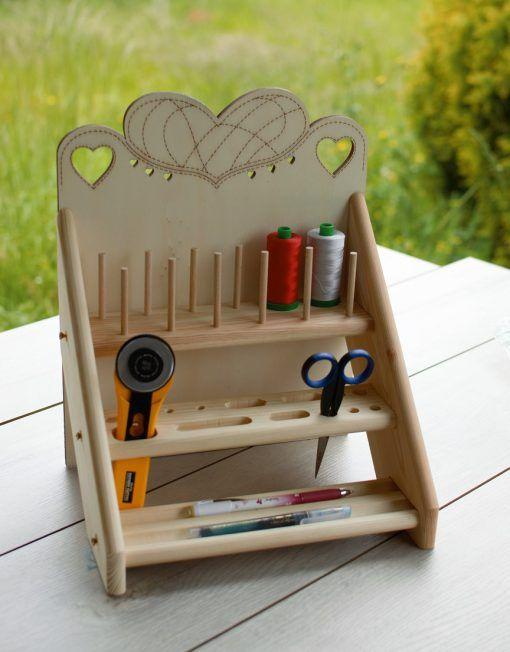 Organizador de madera para hilos y herramientas de for Mueble organizador de costura