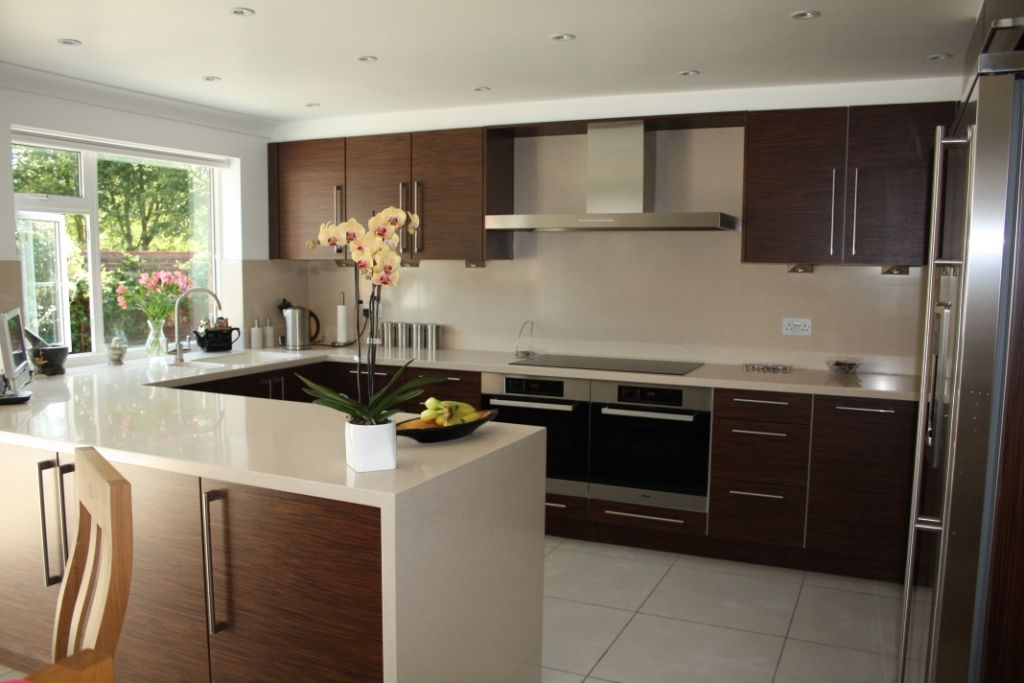 German Designer Kitchen Brands A Stunning Style With Convenience Kitchen Design German Kitchen Closed Kitchen Design