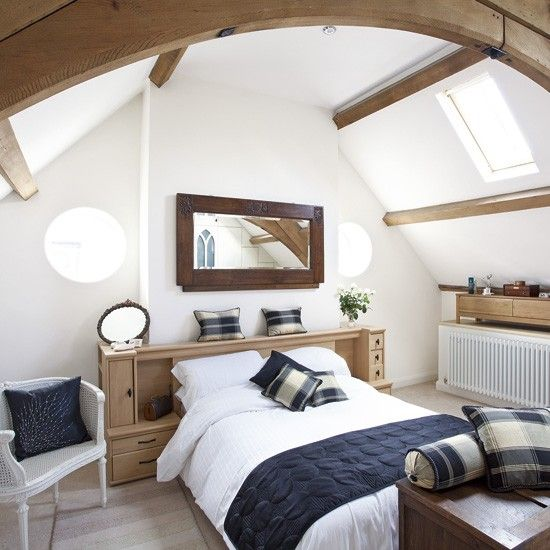 Simplistic Navy And White Bedroom With Warming Woods Throughout Really  Create A Gorgeous Bedroom.