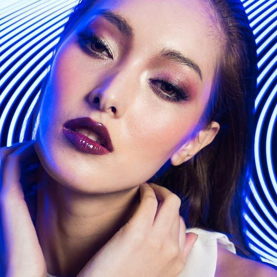 Pin by ςαɾαհ ƒ on ᴍᴀᴋᴇᴜᴘ Makeup looks, Makeup, Deep purple