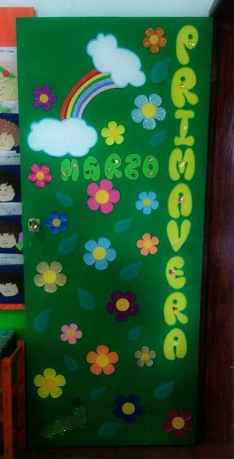 Puerta decorada de primavera del mes de marzo puertas for Puertas escolares decoradas