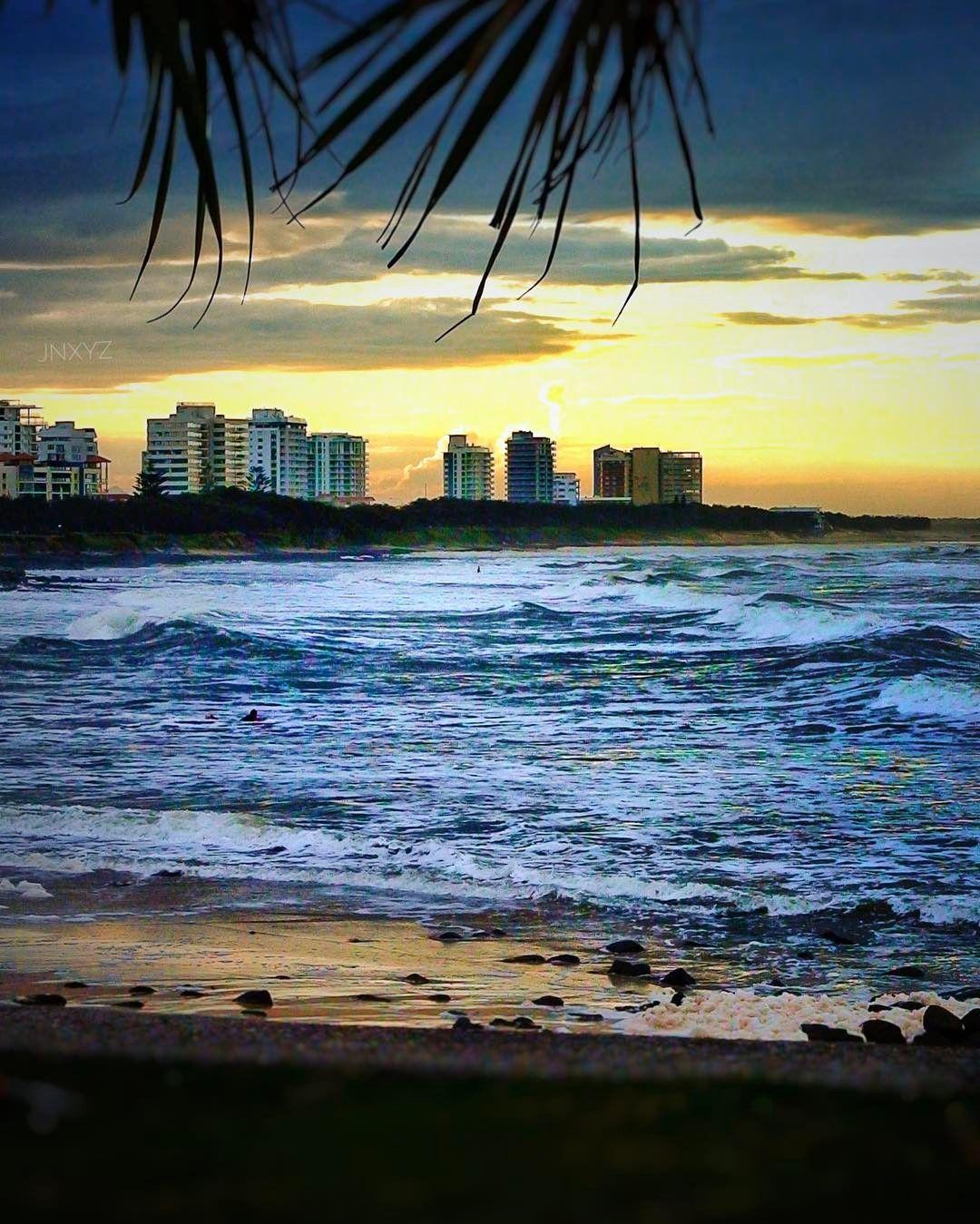 Wandering the shores of Sunshine Coast that evening... . #Beach #sunset #vision #mooloolaba