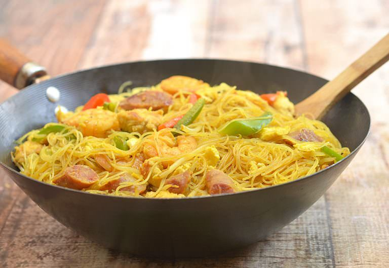 Singapore noodles recipe singapore noodle and chinese sausage singapore noodles forumfinder Images