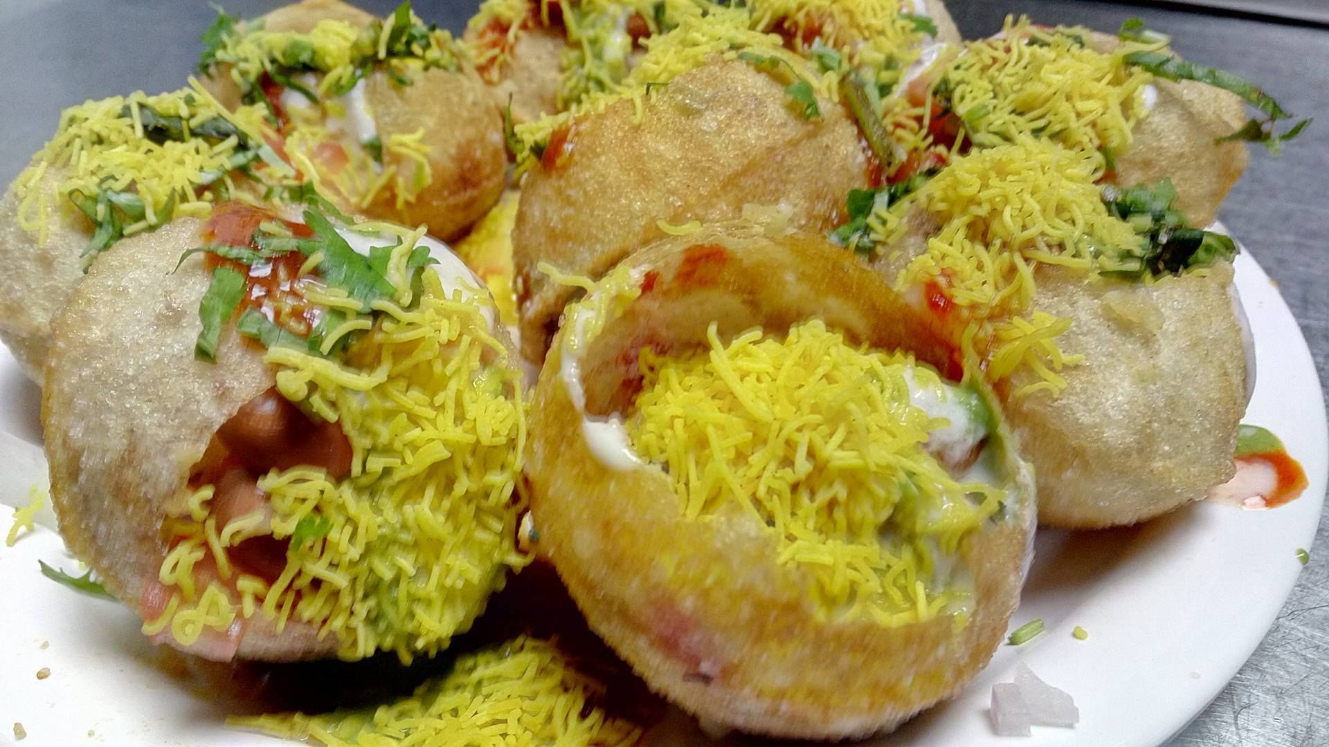 Pani Puri A Popular Street Food Of Vadodara Gujarat India Where Crisp Fried Dough B Greens Restaurant Best Vegetarian Dishes Dinner Restaurants