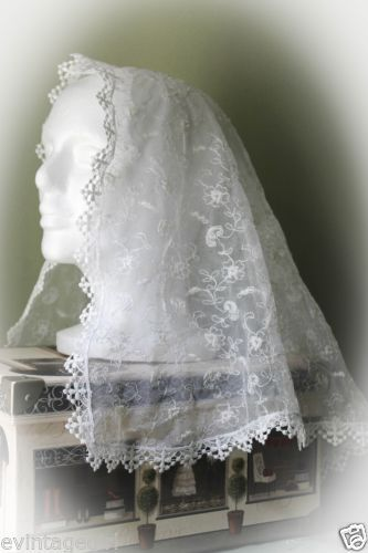 Childrens-Holy-Cross-Lace-Floral-First-Communion-Chapel-Veil-Latin-Mass-Veil