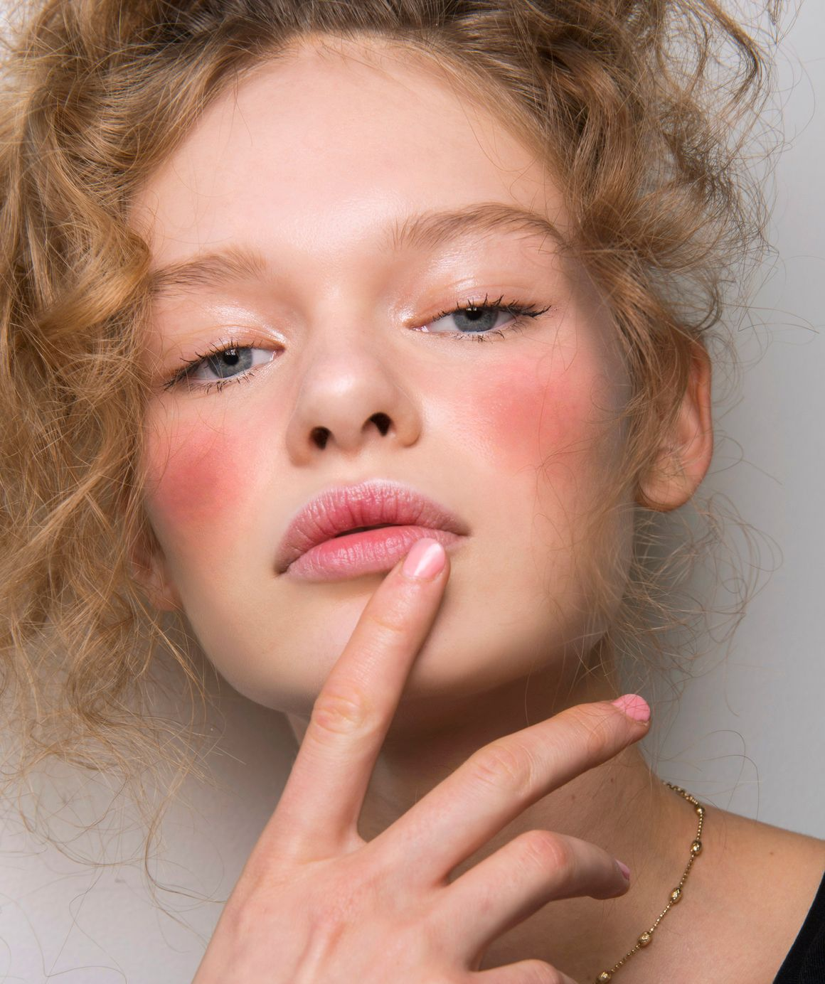 how to get rid of red spots on face overnight