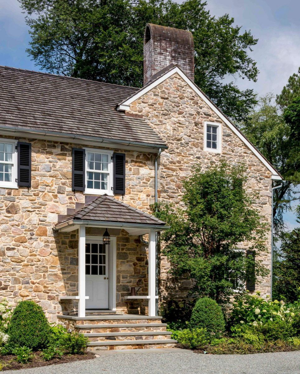 Delightful Restoration Of A Brick And Fieldstone Farmhouse In Pennsylvania In 2020 Old Stone Houses Stone House Revival Stone Houses