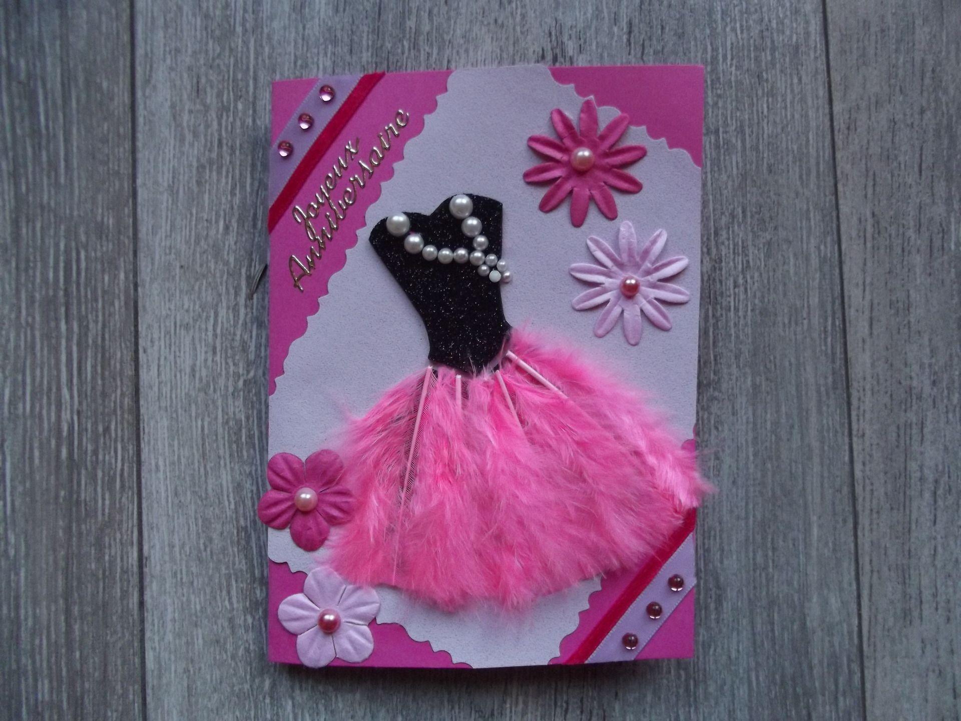 fr carte anniversaire robe a plumes rose cartes invitation pinterest plumes roses carte. Black Bedroom Furniture Sets. Home Design Ideas