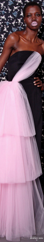 Vistoso Vestidos De Novia Siriano Cristiano Composición - Ideas de ...
