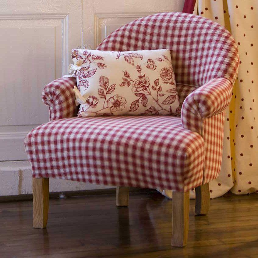 fauteuil crapaud tissu carreaux rouge la campagne comptoir de famille meuble pinterest. Black Bedroom Furniture Sets. Home Design Ideas