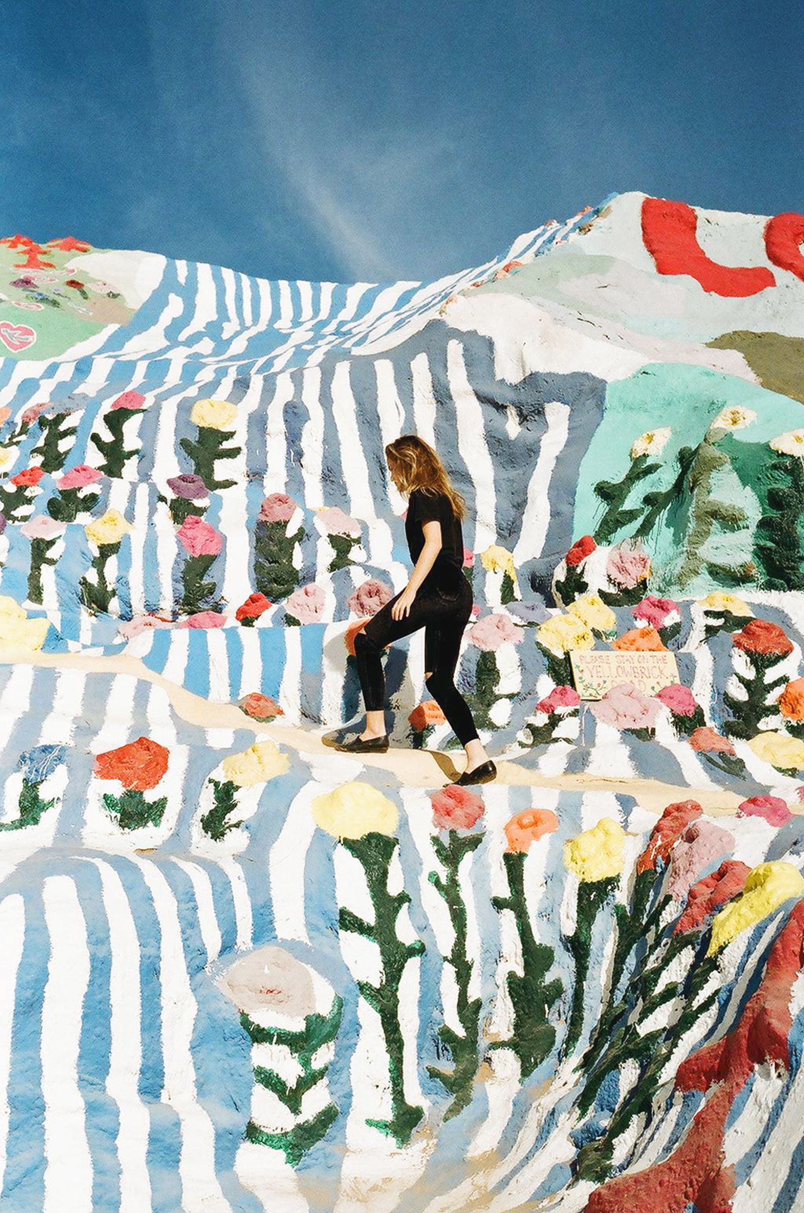 Salvation Mountain Niland California Southern Ca Near Palm Springs Painted With Biblical Themes Scripture Verses And Prayers By Leonard Knight