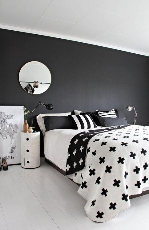 Cuarto Negro Con Blanco