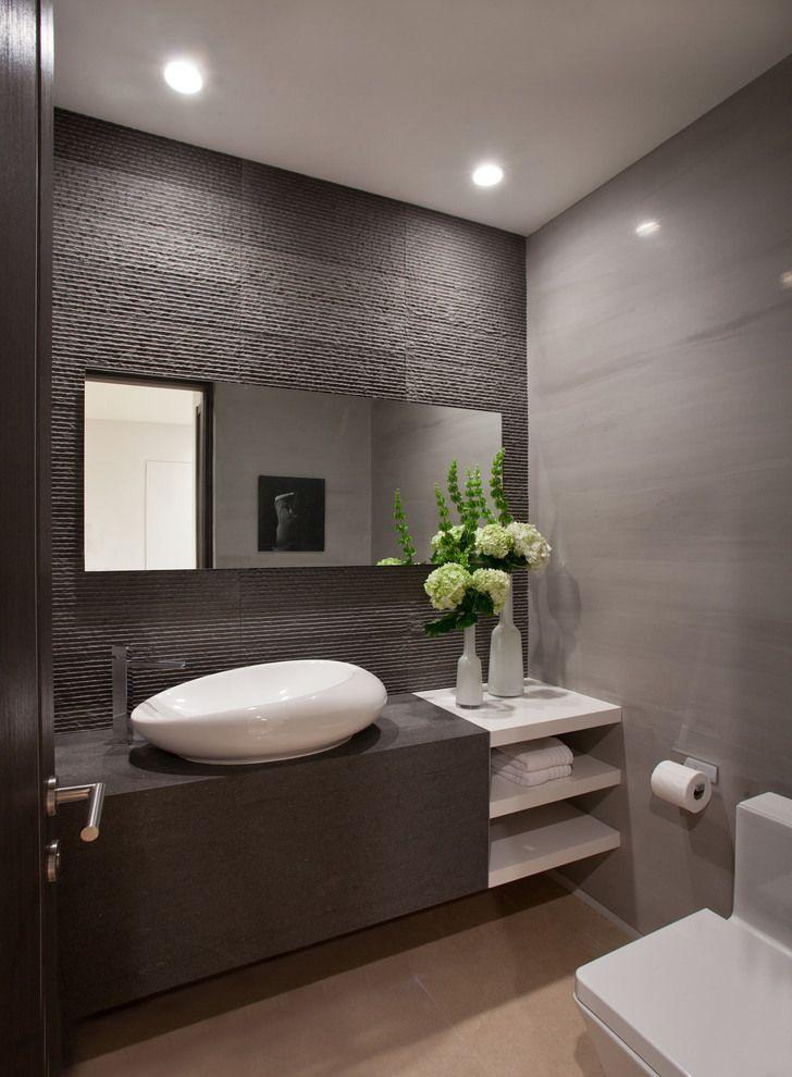 Designer Gäste WC mit strukturierten Wandfliesen anthrazit. | Gäste ...
