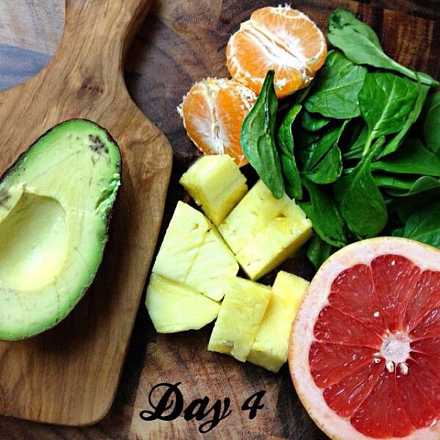 DAY 4 of the 30-Day Green Smoothie Challenge and I'm jazzed about this green smoothie: Quick Pick Me Up. It's loaded with immune boosting nutrients!  SHARE in the comments below what green smoothie you're sippin' on today.  Quick Pick Me Up :: 2 cups spinach 2 cups water ½ cup grapefruit 2 oranges 1 cup pineapple ½ avocado  Blend greens and liquids first then add remaining ingredients. #Padgram