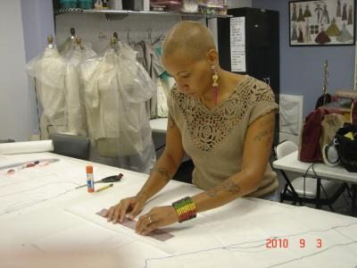 Olga Rosario Offers Instructions On Fashion Drawing Pattern