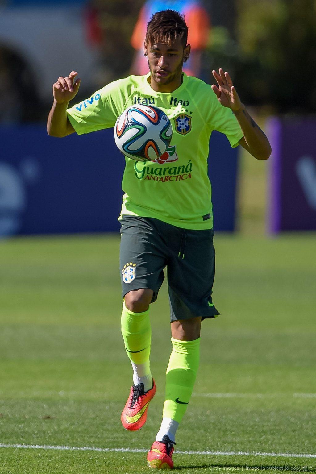 Buen equipo como buenos jugadores, y para la muestra Neymar, un botón, pero le auguro más bien pocos resultados favorables con Felipão de DT.