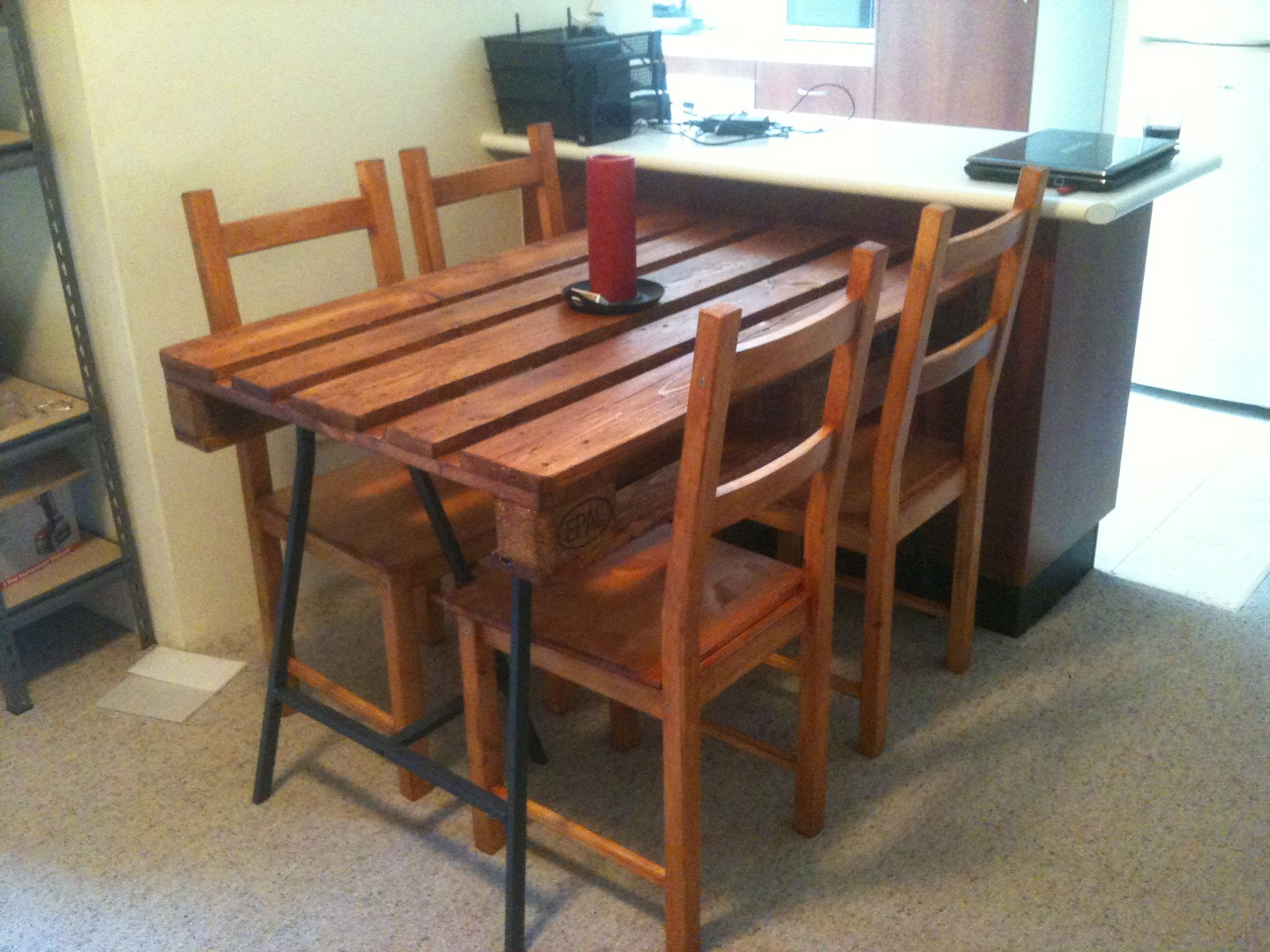 My DIY recycled timber euro pallet dining table I used steel