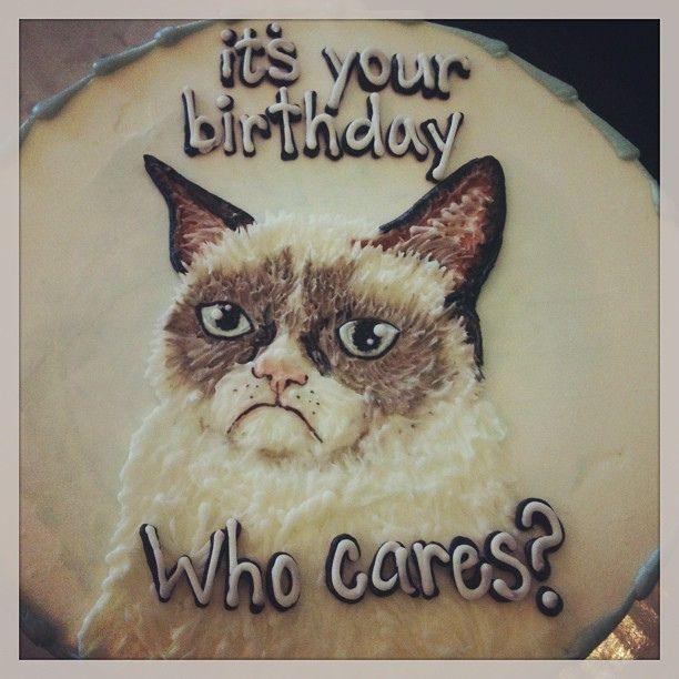 grumpy cat birthday cake   - http://dessertideaslove.com/dessert/grumpy-cat-birthday-cake.html