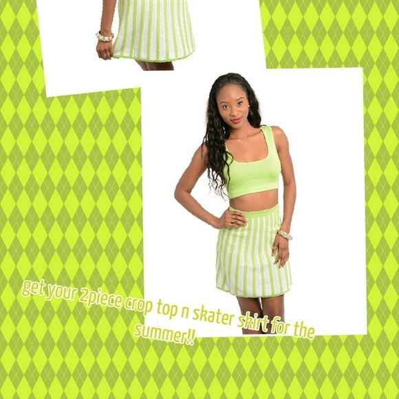 Crop top and skater skirt Perfect summer out fit  in sizes small-medium-large Skirts Circle & Skater