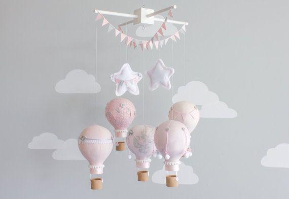 Air chaud ballon bébé Mobile, Nursery décor, thème du voyage, fard à joues rose et gris chambre denfant, i74b